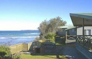 Berrara Beach Holiday Chalets - Coogee Beach Accommodation