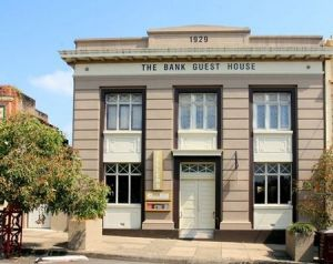 The Bank Guest House  Tellers Restaurant - Coogee Beach Accommodation